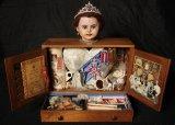 Souvenir Box for a Sovereign - Details
