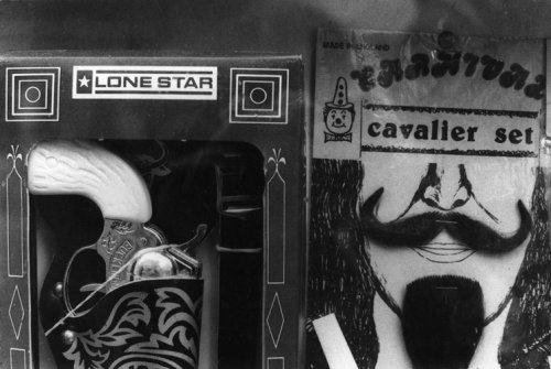 Cavalier Set - Details